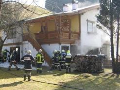 Werkstättenbrand rasch gelöscht – Großbrand verhindert