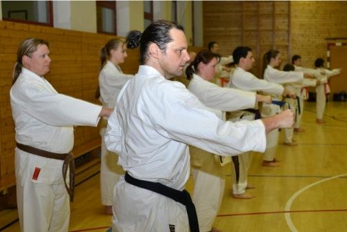 Karatetraining bei der Sportunion Gmunden