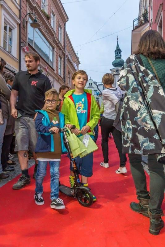 schmankerlroas modeschau gmunden 2017 (11)