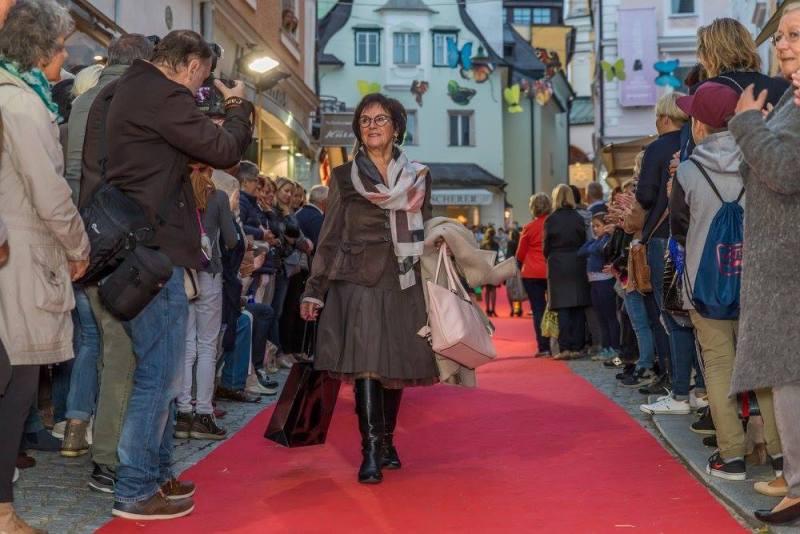 schmankerlroas modeschau gmunden 2017 (16)