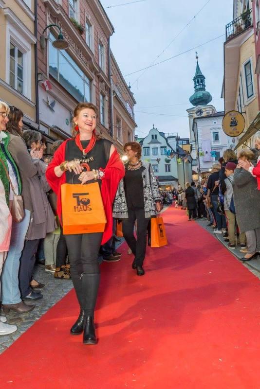 schmankerlroas modeschau gmunden 2017 (21)