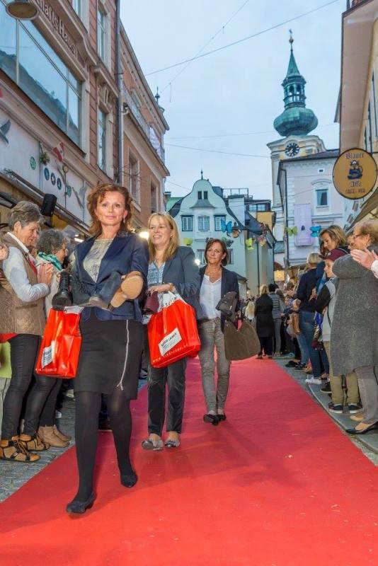 schmankerlroas modeschau gmunden 2017 (23)