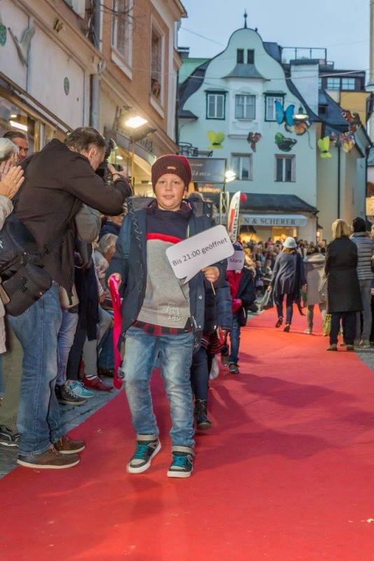 schmankerlroas modeschau gmunden 2017 (32)