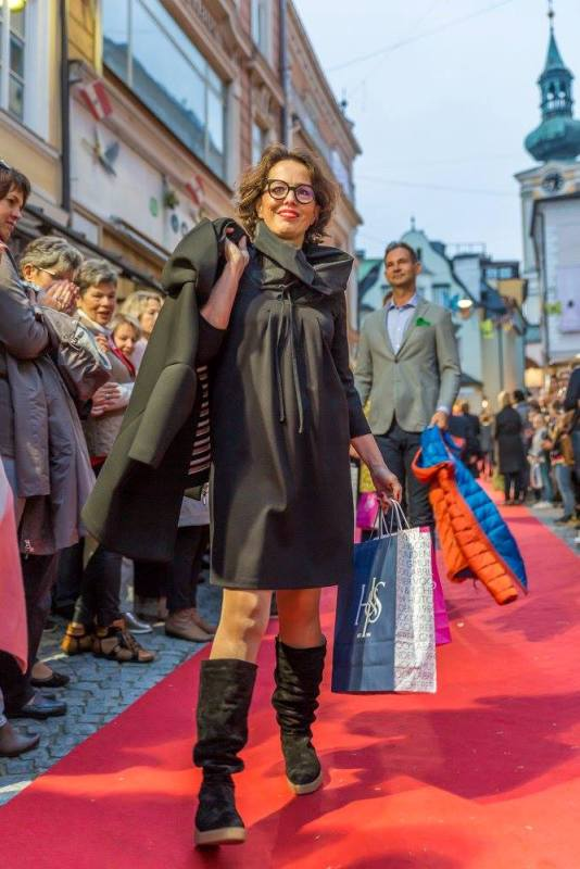schmankerlroas modeschau gmunden 2017 (39)