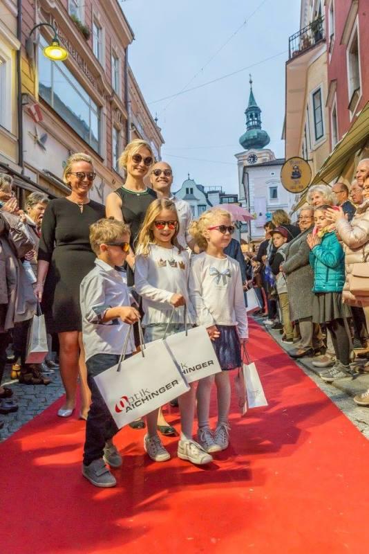 schmankerlroas modeschau gmunden 2017 (44)