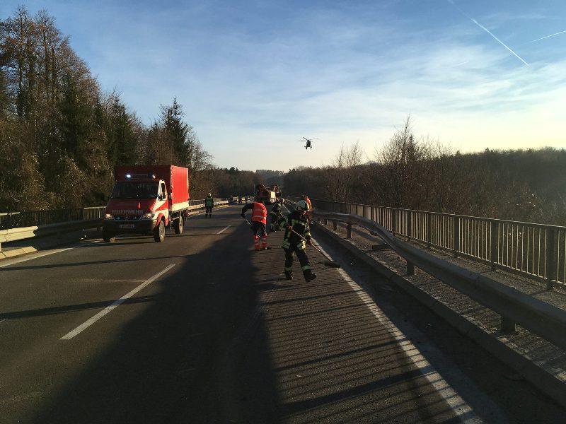Schwerer-Verkehrsunfall-auf-der-B120-6