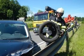 Altmünster: auf der B145 frontal gegen Lastwagen gedonnert