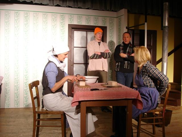 Volksbühne Ottnang präsentiert Glenn Miller & Sauschwanzl | Foto: PR