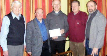 500 Euro von Komitee für Sanierung der Martinskirche gespendet | Foto: Pfarre Attnang
