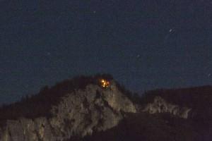 Bad Goisern: Waldbrand am Anzenberg in 1250 Meter Seehöhe