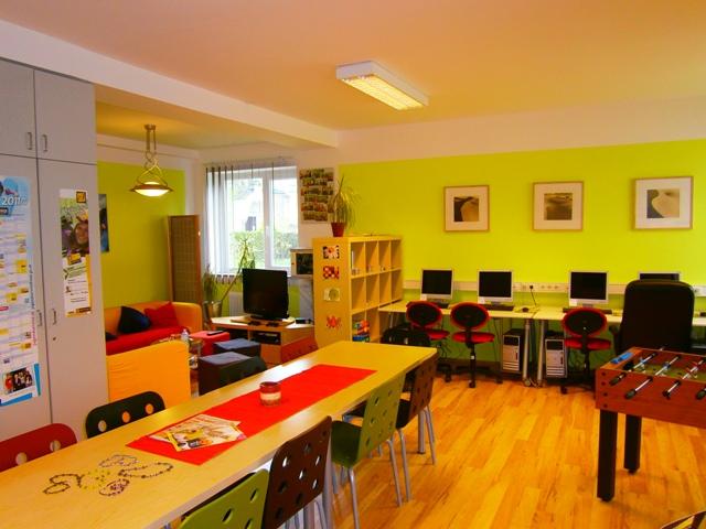 Vöcklabruck: Jugendzentrum Schuko wiedereröffnet