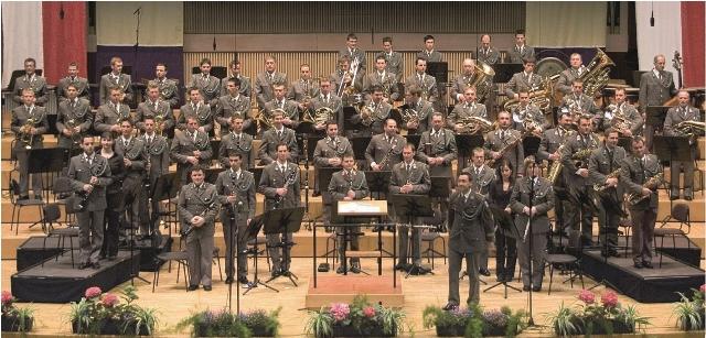 Militärmusik OÖ eröffnet die Schlosskonzerte im Seeschloss Ort