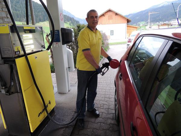 Tankautomat ersetzt Tankstelle in Gosau