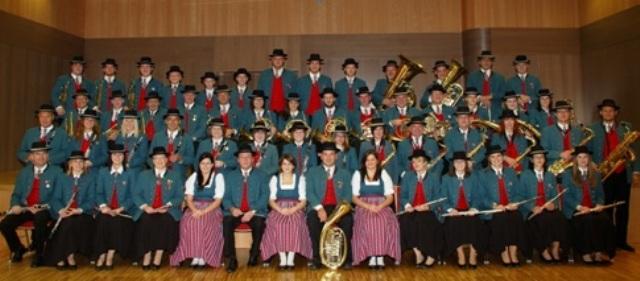 Musikkapelle St. Georgen im Attergau eröffnet neues Musikheim