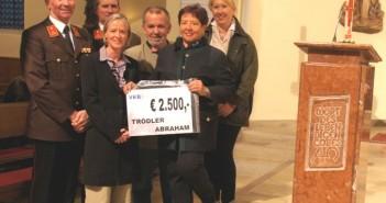 Großzügiger Trödler Abraham - 10.000 Euro für Regauer Einrichtungen