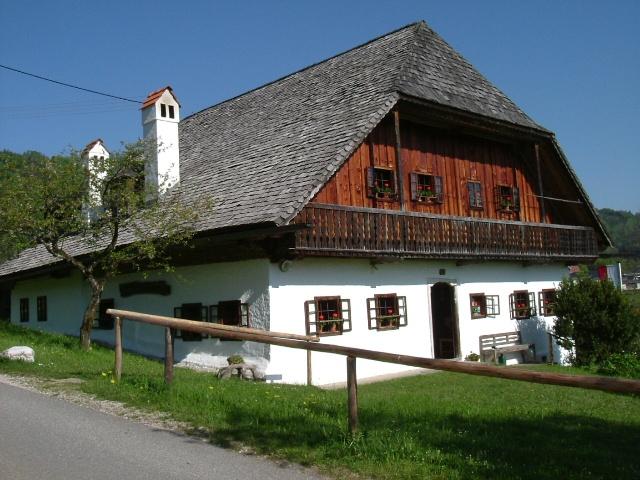 Viechtauer Heimathaus in Neukirchen öffnet seine Pforten
