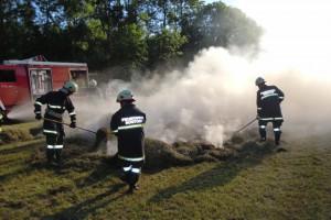 Rüstorf: Heu in Rundballenpresse in Brand geraten