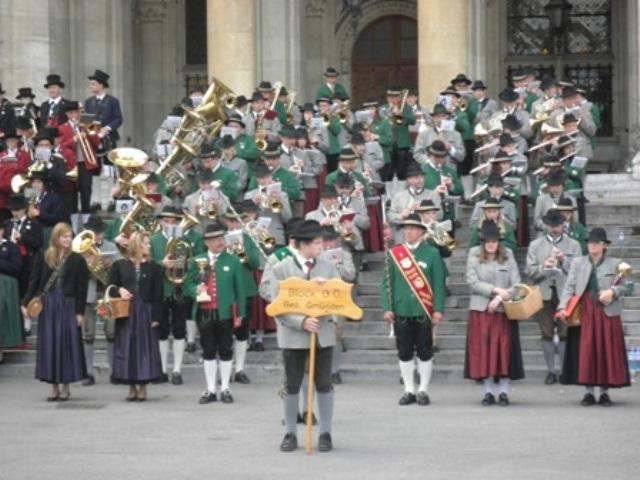 MV Pinsdorf und die Marktmusik Scharnstein-Redtenbacher beim 33. Blasmusikfest in Wien