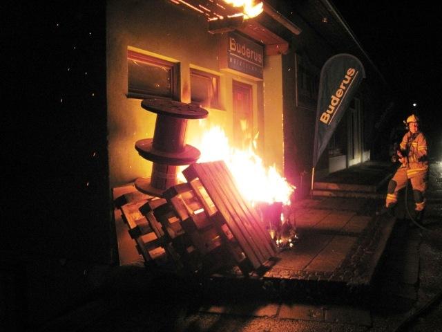 Bad Ischl: zwei Containerbrände in einer Nacht