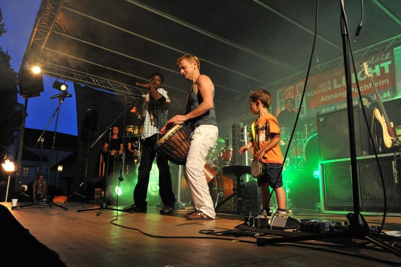 "Percussion- Ensemble ""Congarilla"" und ""Mamadou Diabate's Percussion Mania"" in Attnang-Puchheim"