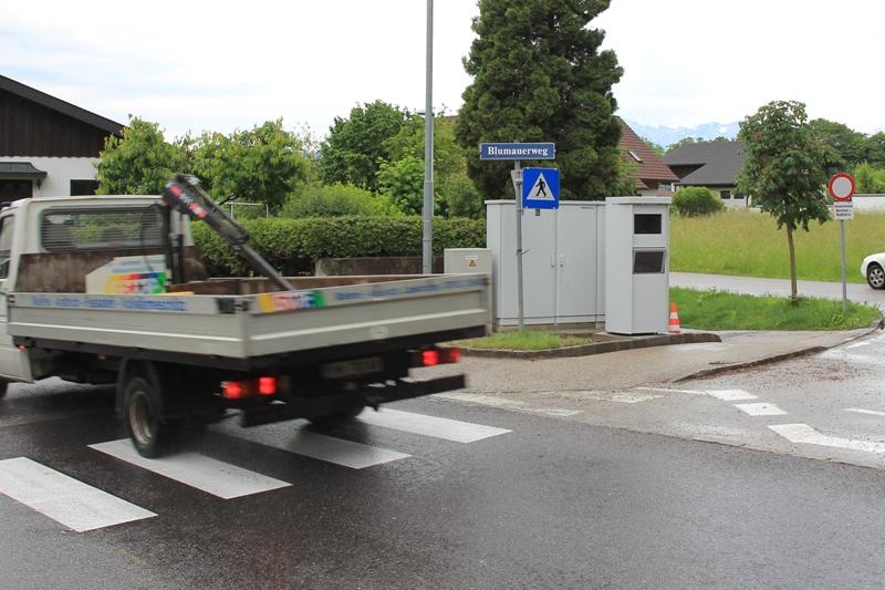 """Gmunden: mit Laserhightech gegen """"Raser"""" - drei neue Geschwindigkeitsmesser installiert"""