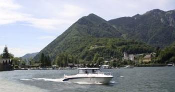 Ebensee: Wasserrettung weiht neu Bootshütte ein