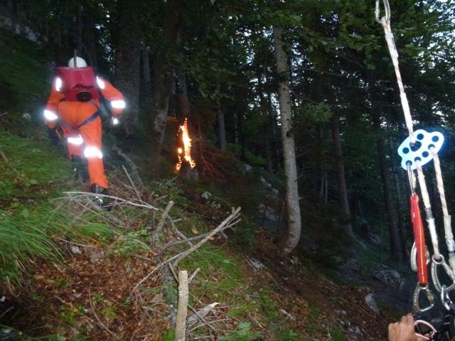 Waldbrand durch Blitzschlag in Obertraun
