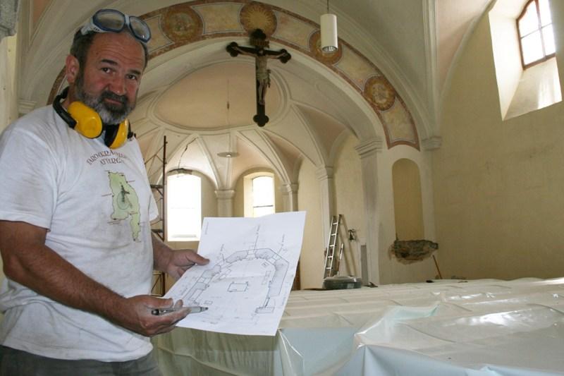 Neugestaltung der Attnanger Martinskirche im vollen Gange