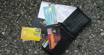 80-Jährigem 2400 Euro aus Geldtasche gestohlen