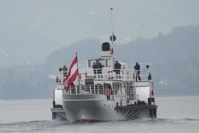 Dampfschiff Gisela ins Winterquartier nach Ebensee gedampft