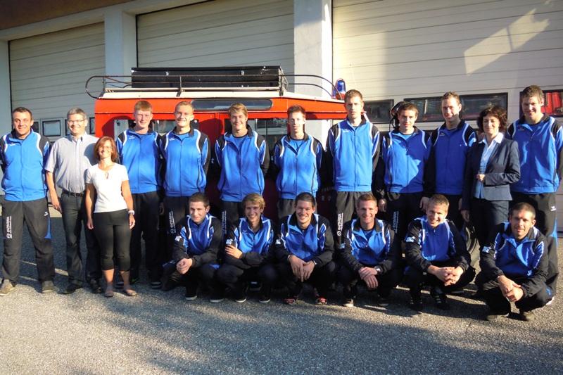 Neue Trainingskleidung für die Bewerbsgruppe der Feuerwehr Rüstorf