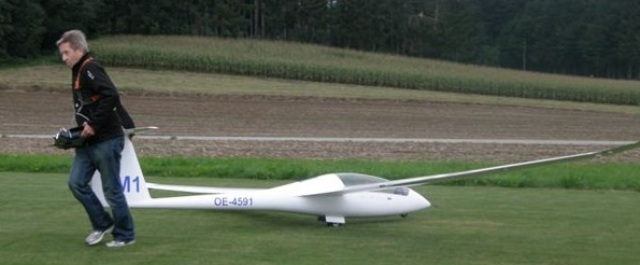 Schleppertreffen in Ohlsdorf - 30 Piloten zeigten ihr Können