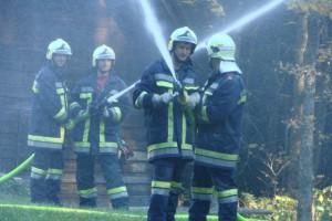 Almtaler Feuerwehren stellten ihre Schlagkraft bei der Herbstübung unter Beweis