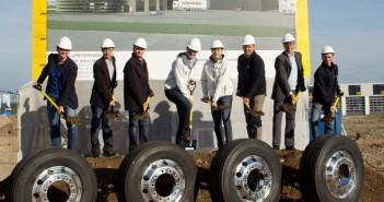 Neuer LKW-Reifenspezialisten Eurowheel eröffnet größtes LKW-Reifenlager in Vorchdorf