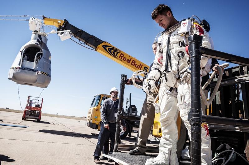 "Energiepionier übt Kritik an ""Red Bull Stratos 2012"" und Felix Baumgartners Weltrekordversuch"