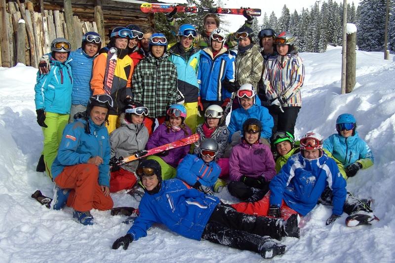 Ischler Tourismusschüler auf Wintersportwoche in Gosau