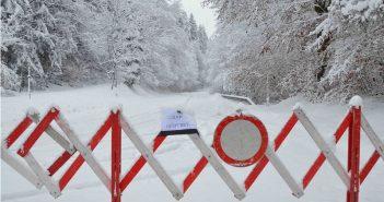 Winterchaos auf den Straßen im Salzkammergut