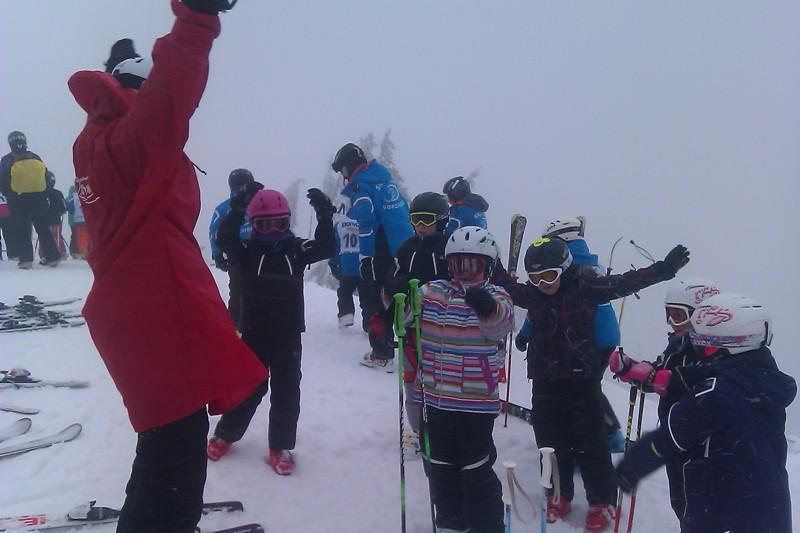 Scharnsteiner Junior Ski-Athleten trotzten siegreich Sturm und Schlechtwetter