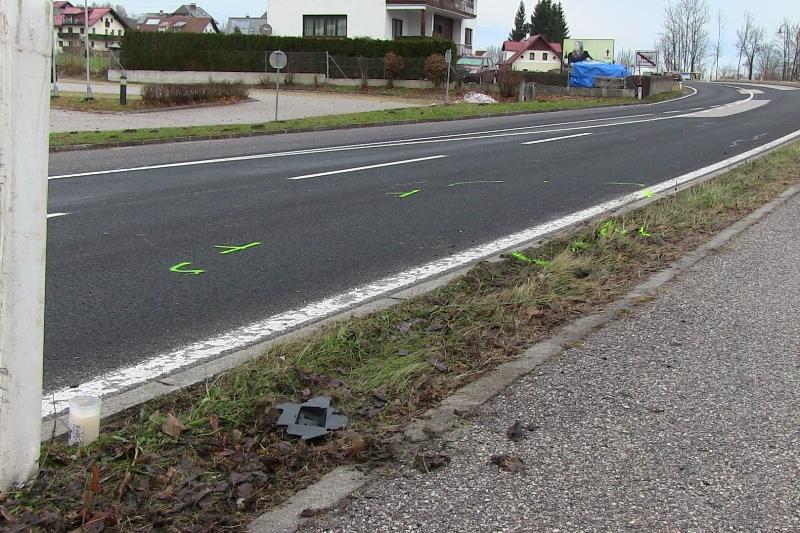 Traunkirchen: Fußgängerin (79) bei Unfall tödlich verletzt - Enkel schwer verletzt