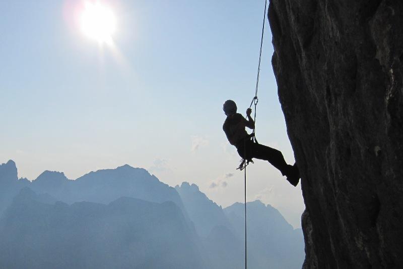 Laserer Alpin Klettersteig : Großvater und enkel von laserer alpin klettersteig gerettet