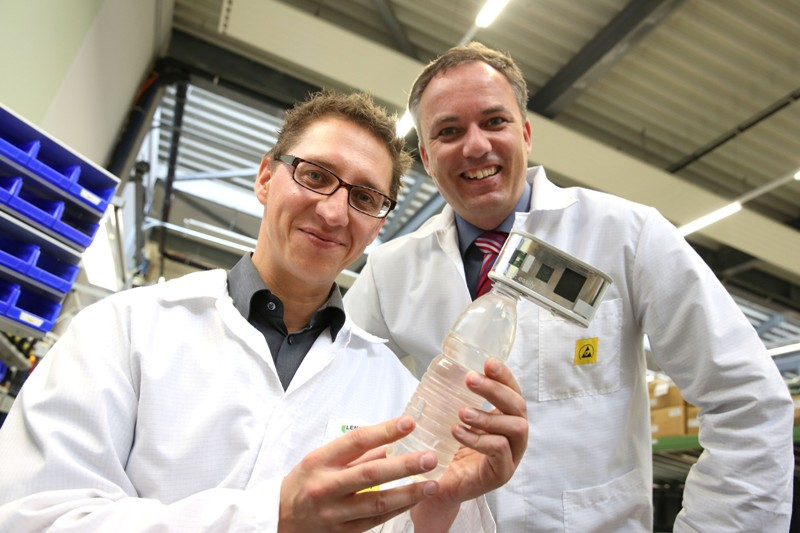 Lenzing Technik baut solares Wasserdesinfektionsgerät für Helioz