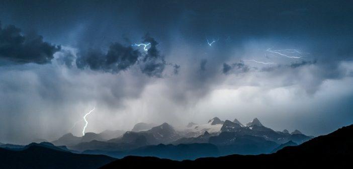 Wanderer am Hohen Dachstein von Blitz getroffen
