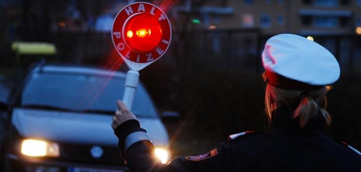 Alkolenker ohne Führerschein mit 1,86 Promille gestoppt