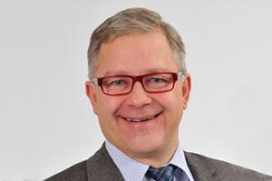 Ing. Günter Neumann als Vorsitzender der Fachvertretung der Schienenbahnen bestätigt - Neumann-300x200