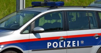 Polizei-Auto © Wolfgang Spitzbart