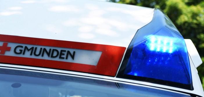 Motorradlenker und Begleiterin nach Überholmanöver verletzt