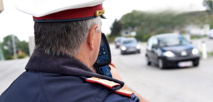 Führerscheinneuling war mit 128 km/h im Ortsgebiet unterwegs