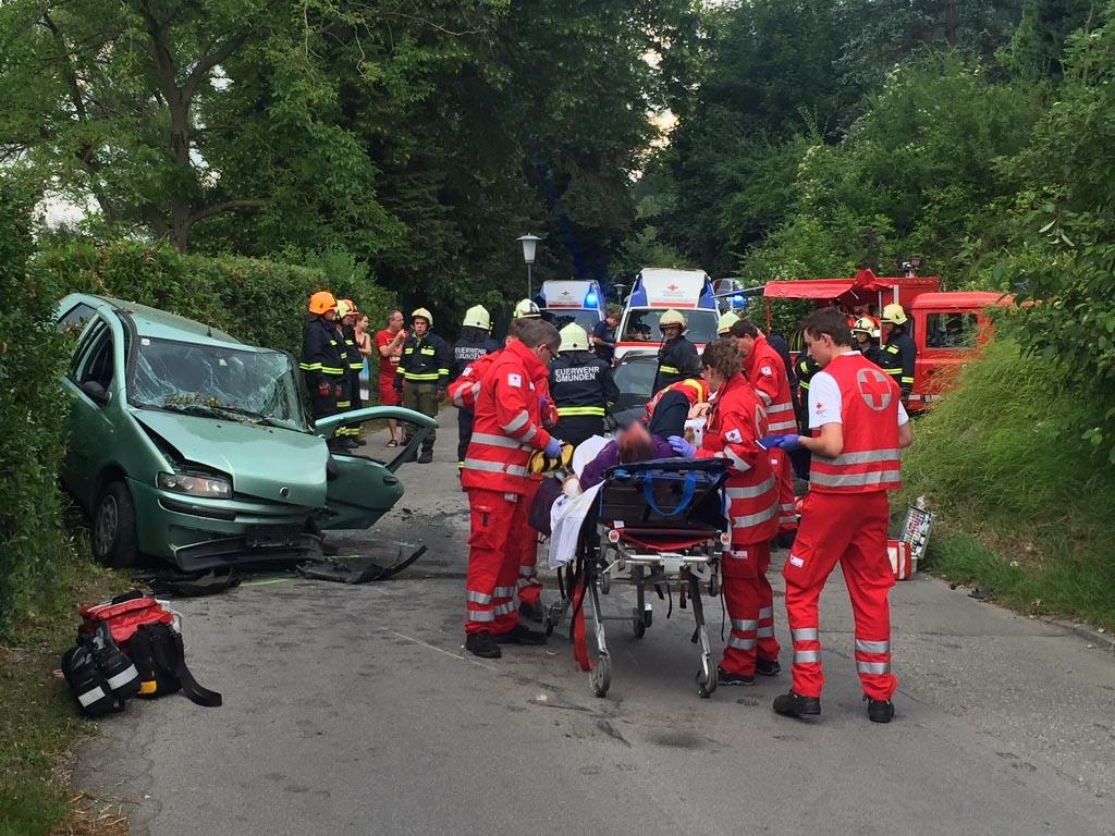 Schwerer Verkehrsunfall auf der Traunsteinstraße - salzi.at ...