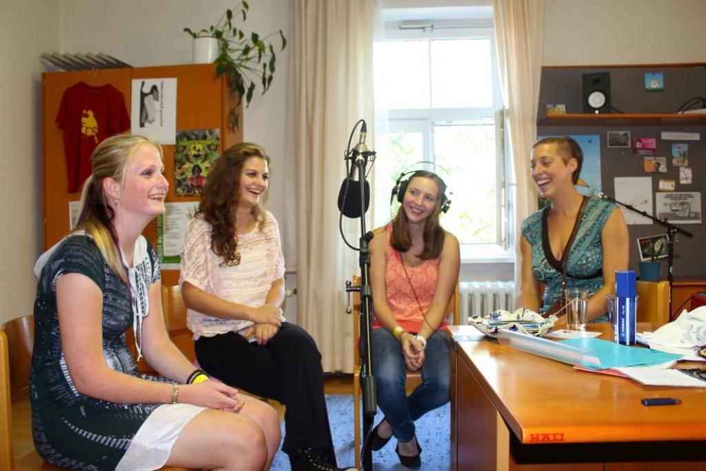 Treffpunkt mensch&arbeit Vcklabruck - ZusammenHelfen in