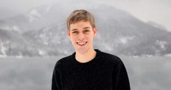 Der Vöcklabrucker Tobias Kohlberger (20) ist der neue Finanzreferent der Jungen Grünen. Bildrechte: Junge Grüne